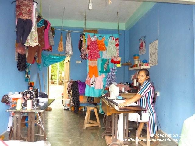Petits commerces au Sri Lanka #1 : la couturière