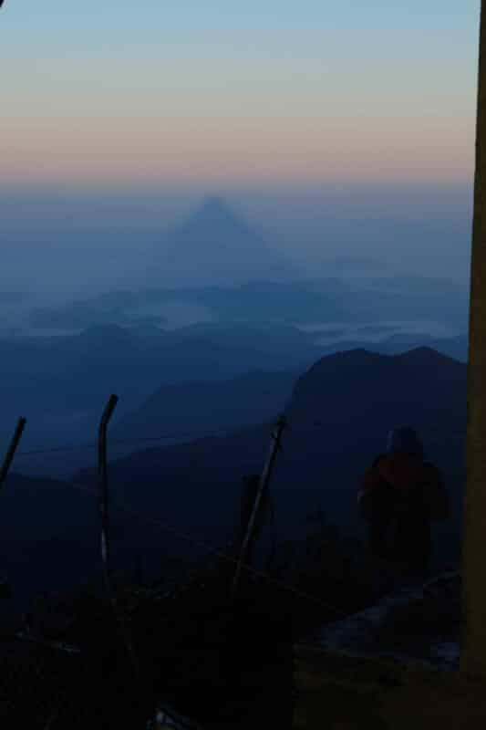 Ombre sommet de l'Adam's Peak