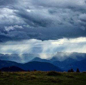 Souvenir dun orage sur les montagnes de la rgion dehellip