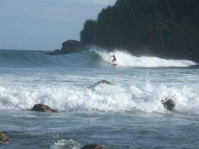 Tongs et Sri Lanka- Stage au Sri-Lanka - surf