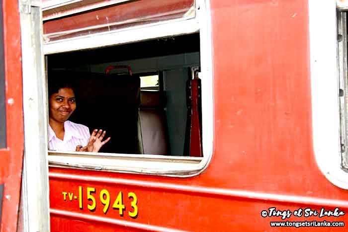 Femme du train au Sri Lanka par Tongs et Sri Lanka