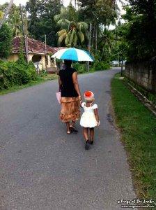 Météo au sri lanka : sortez les parapluies pour le soleil et la pluie par Tongs et Sri Lanka