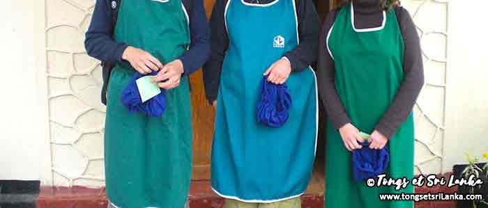 tenue pour visiter une usine de thé - plantations de thé au sri lanka - tongs et sri lanka