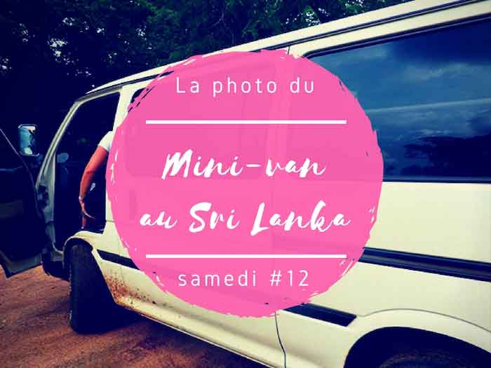 Un samedi, une photo sri lankaise #12 – Le mini-van au Sri Lanka !