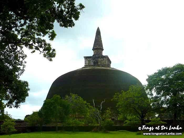 Rankot Vihara à Polonnaruwa au Sri Lanka