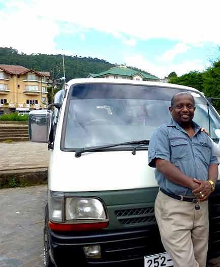 Rohitha un super chauffeur au Sri Lanka