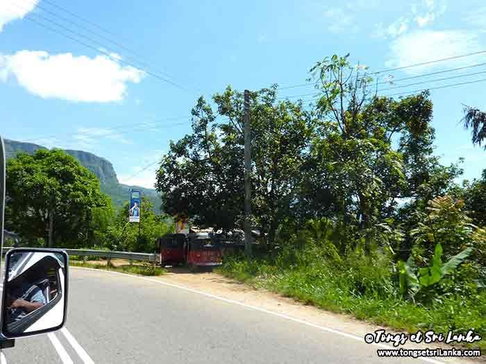 voiture avec chauffeur au Sri Lanka