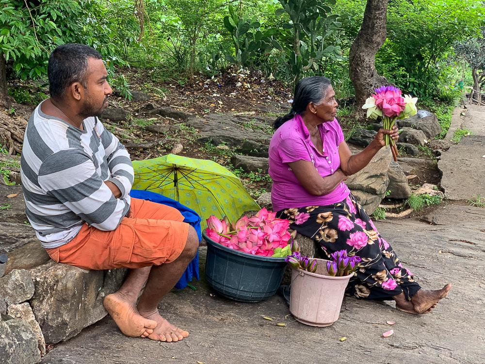 voyage virtuel : vendeur ambulant dambulla